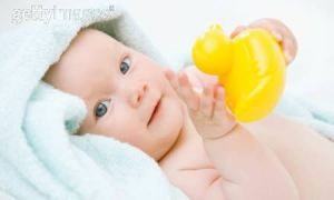 baby with safe toys