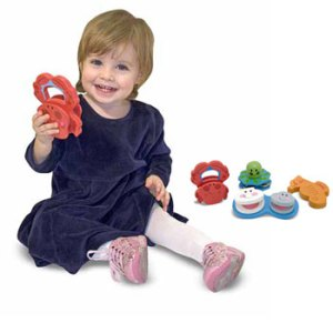 Baby girl play shape toys