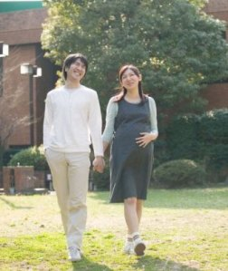 Principles of the pregnant woman walking